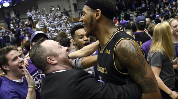 College Basketball: Dramatic buzzer beaters in this week's Social Rewind