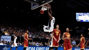 Best Dunks from Wednesday's First Four