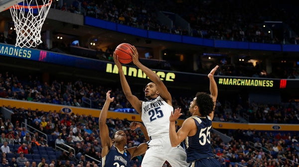 First Round: Villanova rolls past Mount St. Mary's