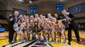 Amherst wins the 2017 DIII Women's Basketball Championship