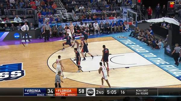 3-pointer by Devin Robinson