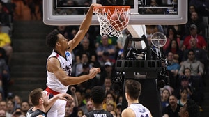 Best Dunks from Saturday's Elite Eight action
