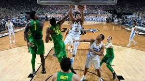 Best Dunks from the Final Four