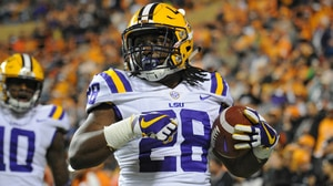 College Football: LSU takes down Tennessee