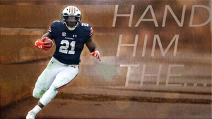 College Football: Hand Him The... Kerryon Johnson