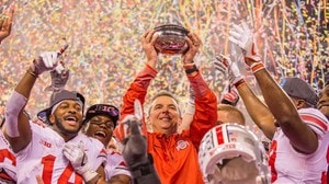 'College Football: Ohio State holds off Wisconsin for Big Ten Title' from the web at 'https://ht.cdn.turner.com/ncaa/big/2017/12/03/1775673/1512281804947-BIG_TEN_TITLE_THUMB_1920.jpg_1775673_1_300x168.jpg'
