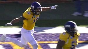 DIII Football Playoffs: Mary Hardin-Baylor shuts out Brockport