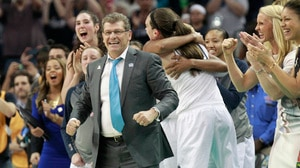 How Geno Auriemma reached 1,000 wins