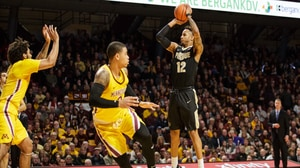 Purdue extends 13-game win streak by...