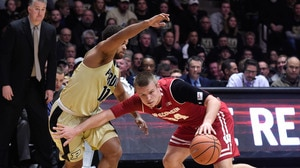 Purdue extends to 14-game winning streak