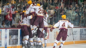 NCAA Hockey: Minnesota's win over Notre Dame leads this week's top plays