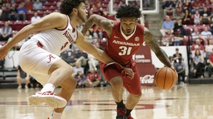 Arkansas holds off Alabama for big win in Tuscaloosa