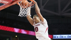 Arkansas' Gafford goes off against Auburn