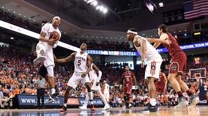 Auburn wins first SEC regular-season title since 1999