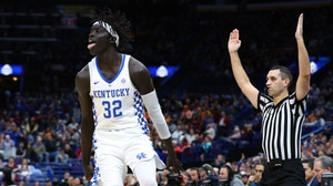 Gabriel's three-point barrage lifts Kentucky over Alabama