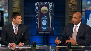 Charles Barkley, studio crew discuss Duke's dominant start in the tournament