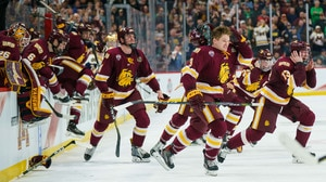 Minnesota Duluth captures title after falling one game short last year