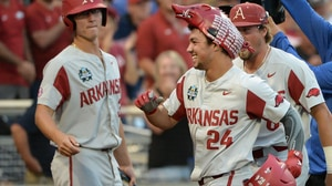 Arkansas advances to the CWS Finals