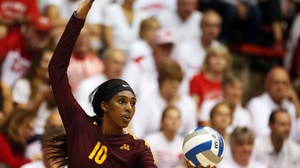 What does Stephanie Samedy have to say about Minnesota volleyball?