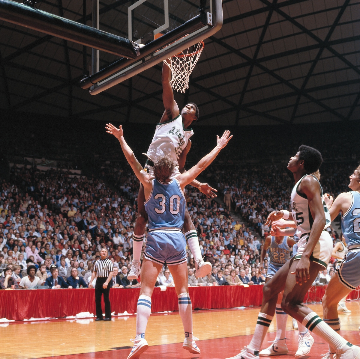 1979 : Magic Johnson Leads Michigan State Spartans to First National Basketball Title